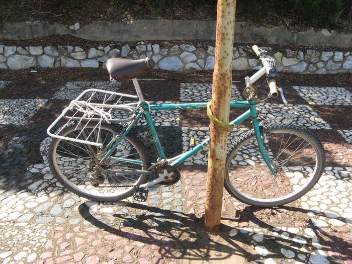 велосипед на пляже