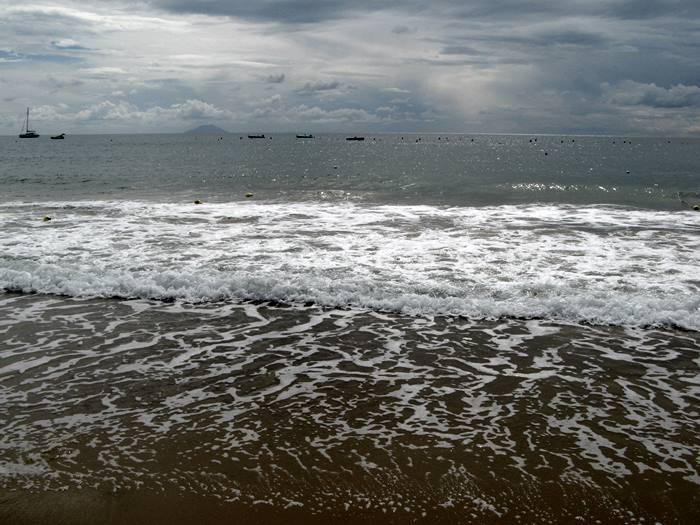 море на пляже Лидо ди Каполивери