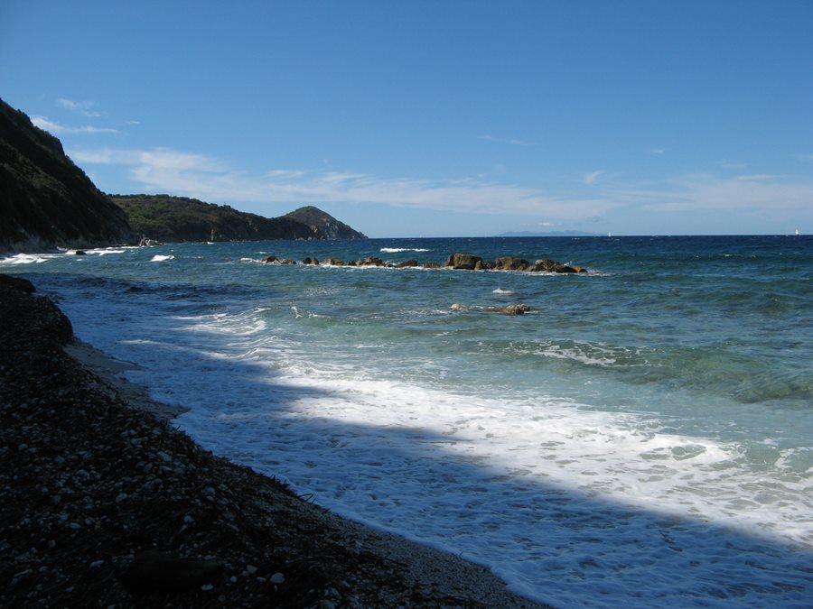 левая часть пляжа Соттобомба