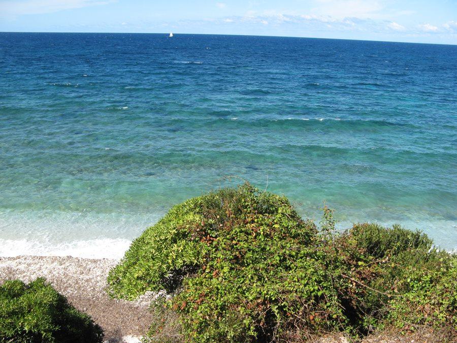 Вид на итальянское побережье, Тиррентское море в сентябре