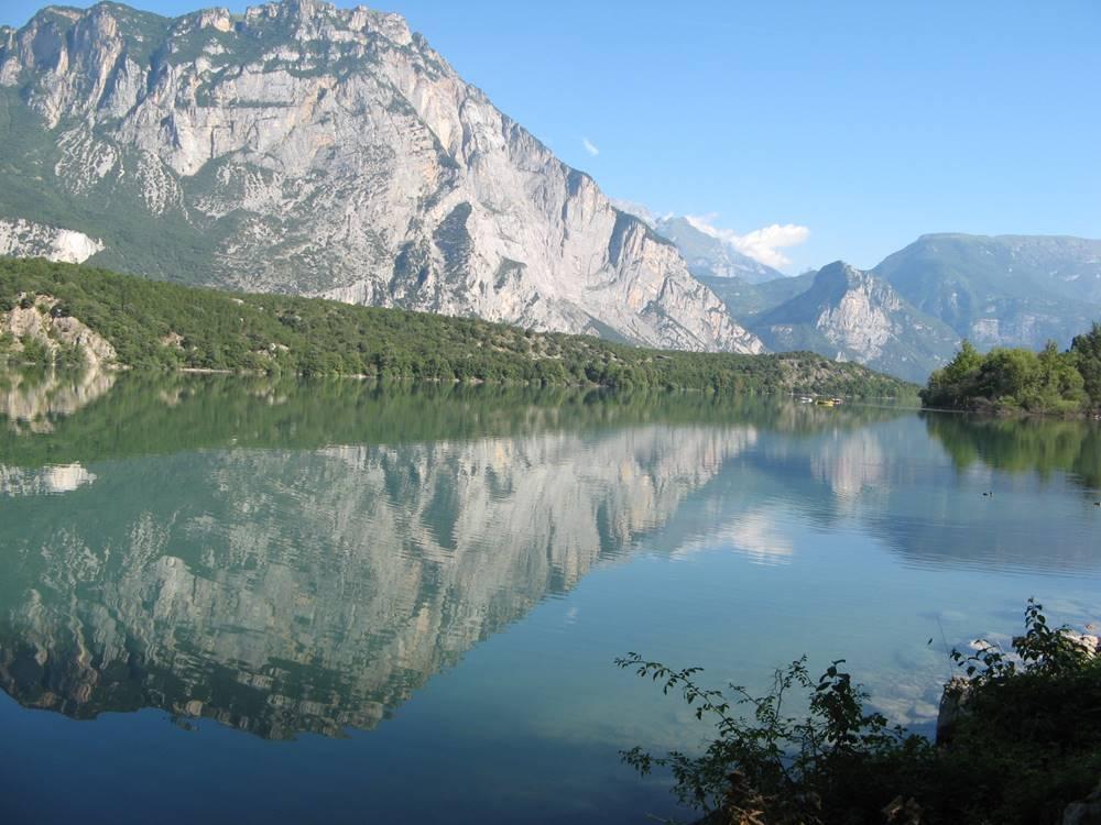 вид на озеро Каведине