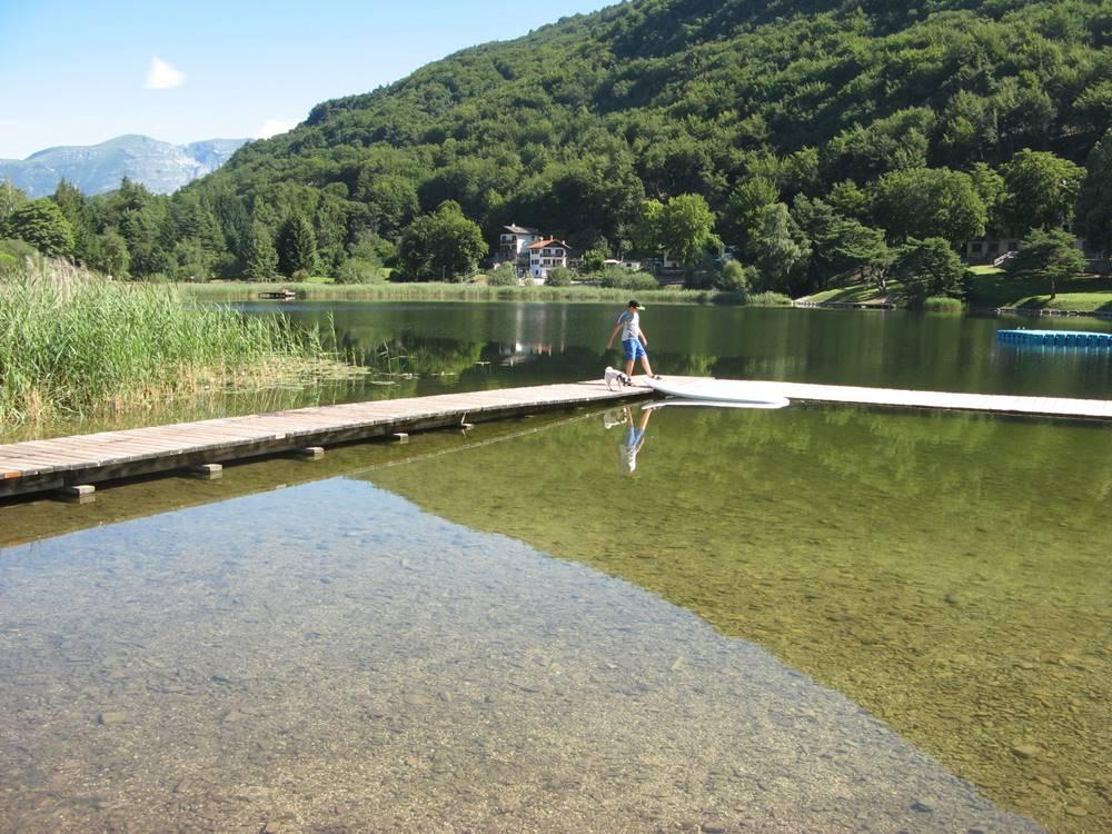 Причал на озере Лаголо
