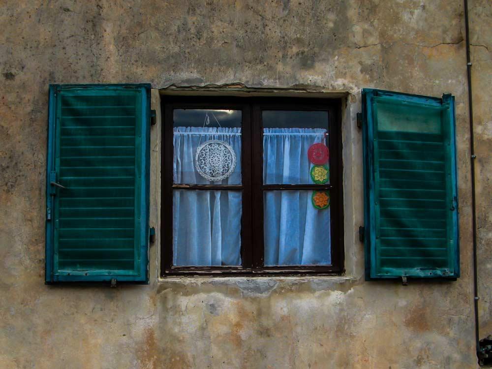 окно в Италии