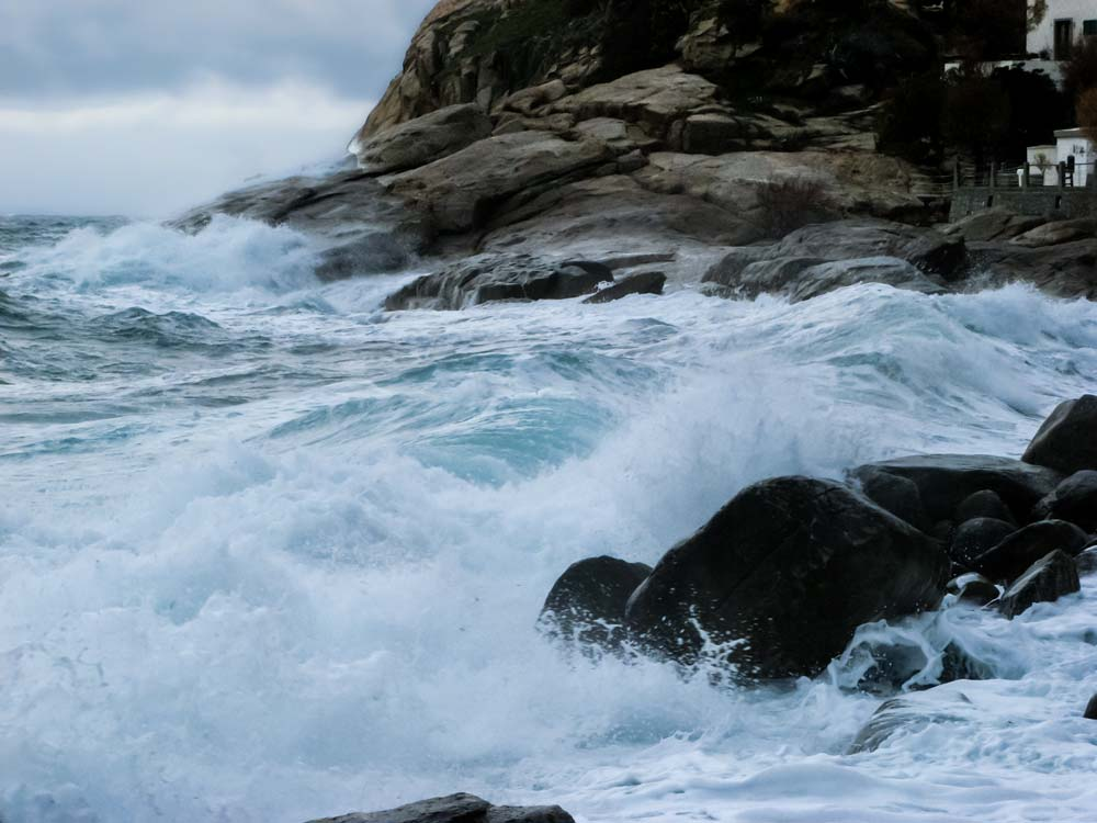 сила шторма в море