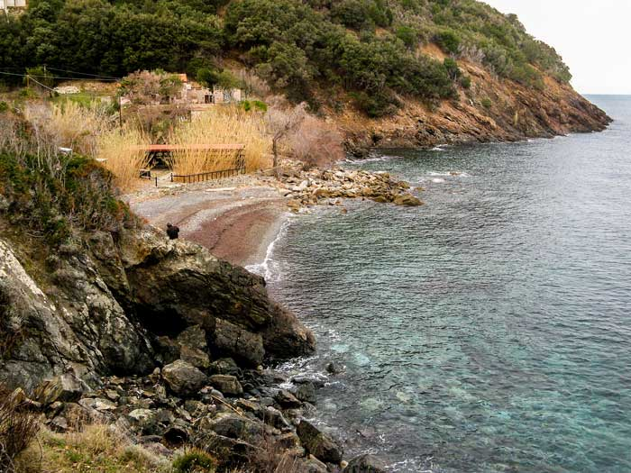 вид на пляж Ла Кала с правых скал