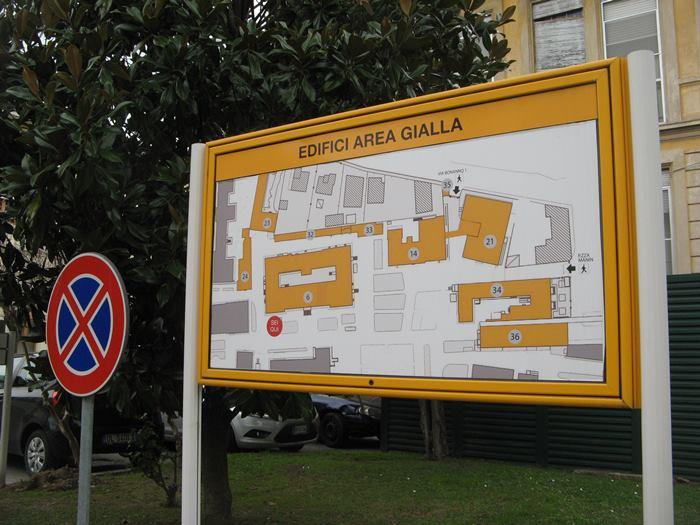 здания жёлтого сектора на территории больницы Санта Кьяра в Пизе