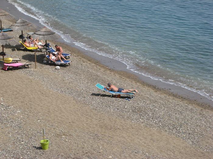 апрельский день на пляже Реале