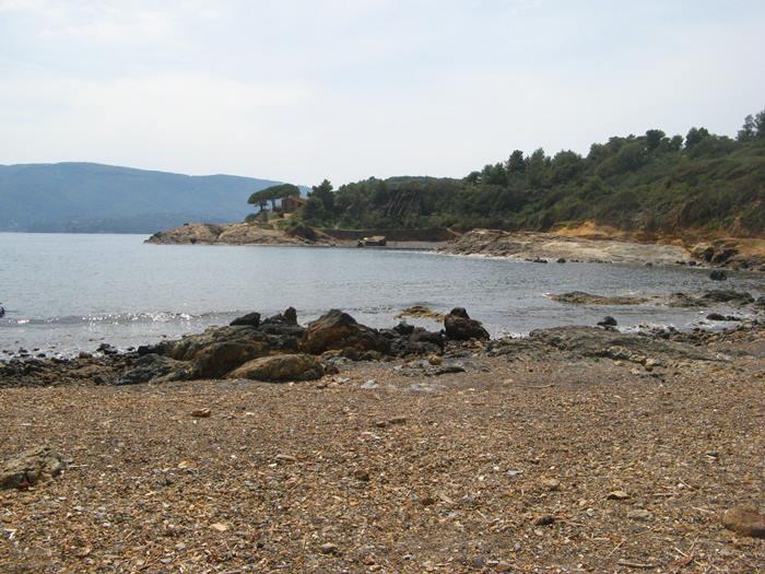 правая часть пляжа Терранова