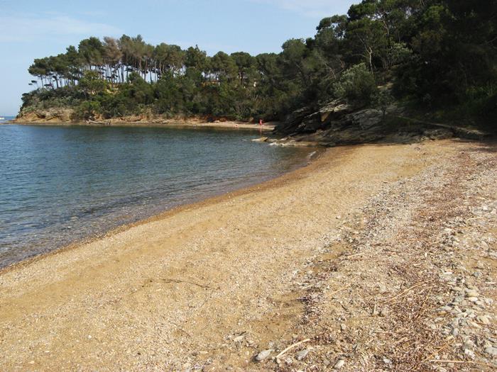 Пляж Феррато - вид слева на правую часть