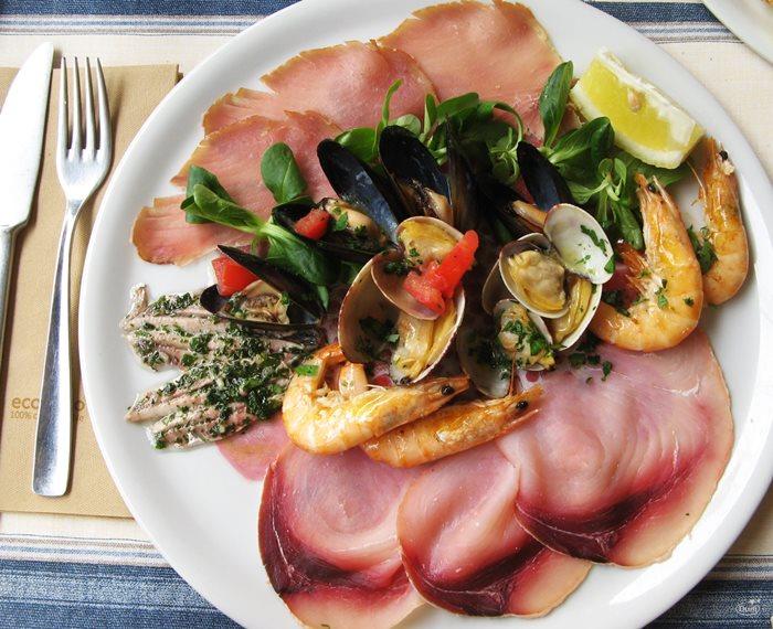 антипасто из морепродуктов