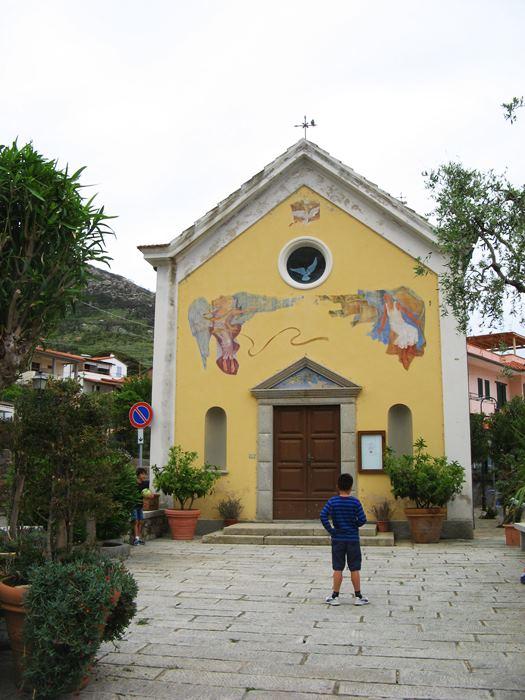 церковь в Киесси
