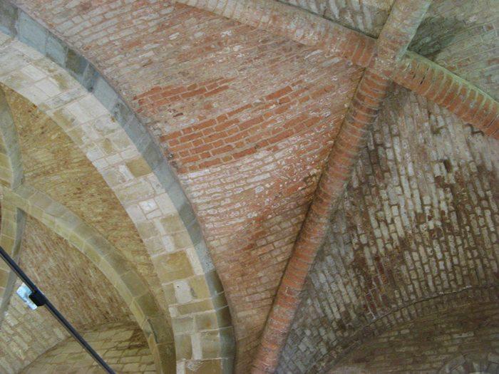 потолок в церкви Сан Пьетро в Сан Джовани д'Ассо