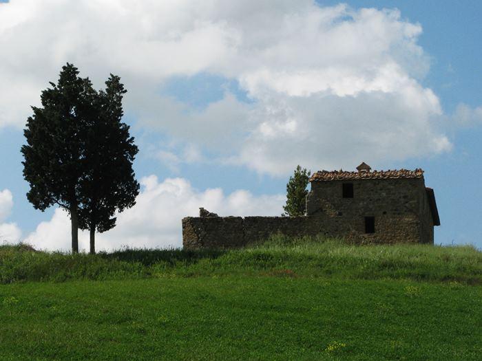 заброшенный дом в Тоскане