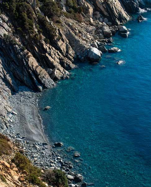 вид сверху на пляж Галетта ди Пунта Нера