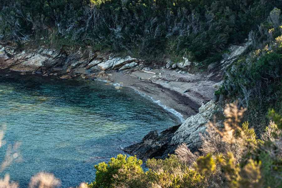 пляж Бузанконе или Чера