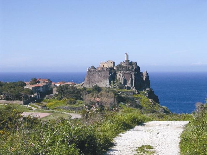 крепость на Капрае