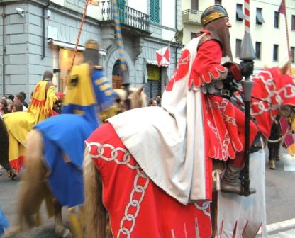 рыцари на лошадях